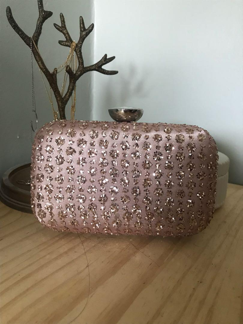 Boutique Light Pink Glitter Clutch with metal strap included