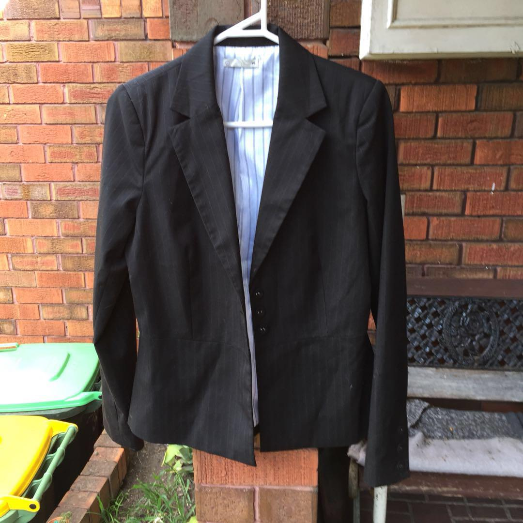 Business suit WITH TAG