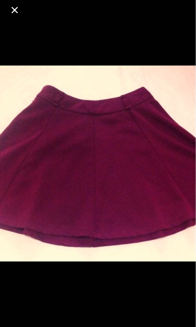 20ad50be49 Forever 21 maroon mini skirt