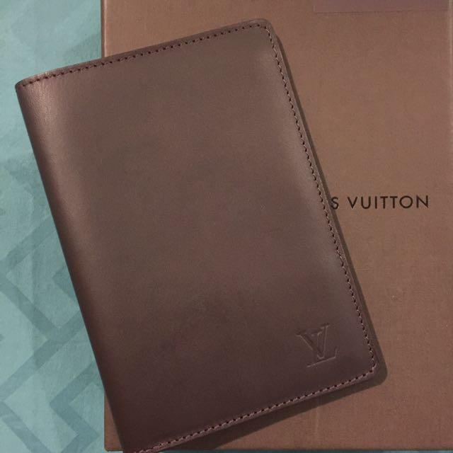 21a60ed876b1 Louis Vuitton Passport Holder