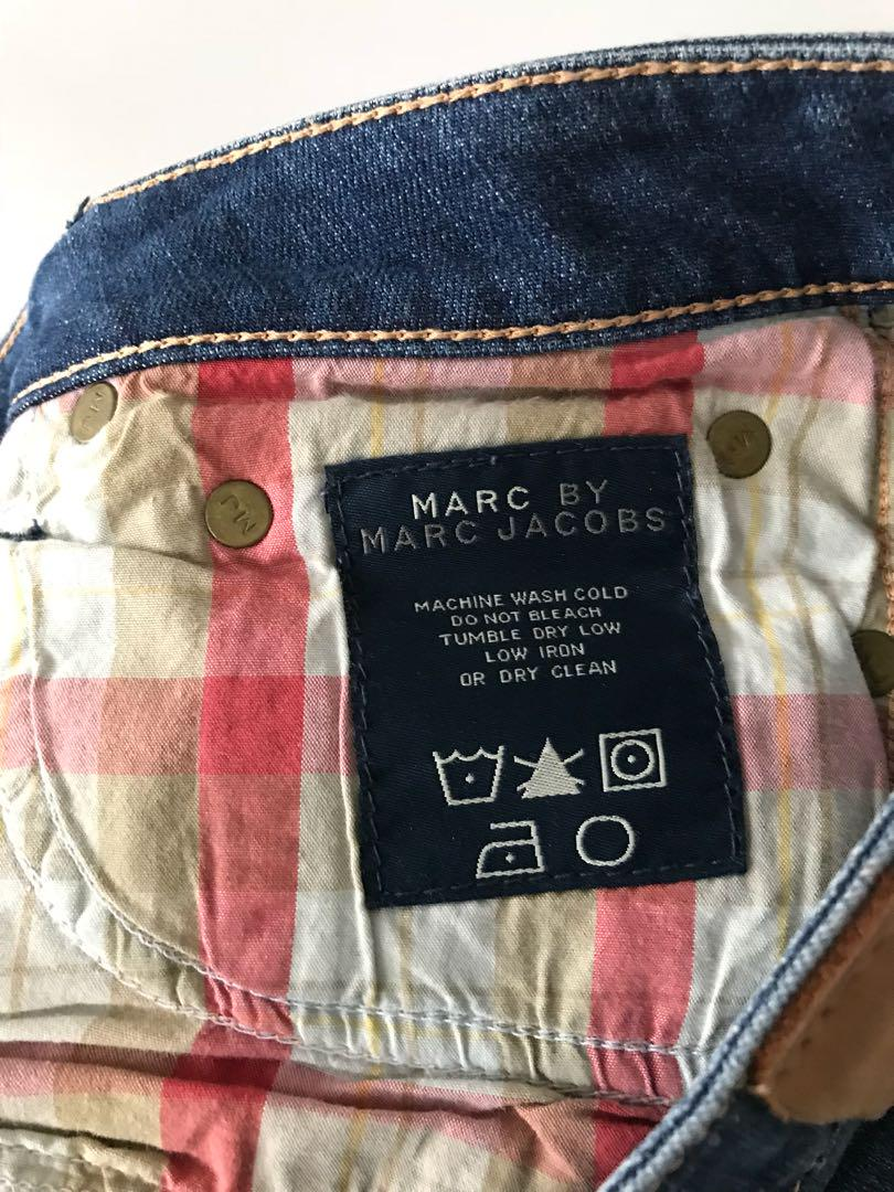 Marc by Marc Jacobs jean shorts in size 27