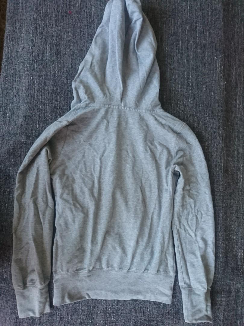 Nike sweater, size small