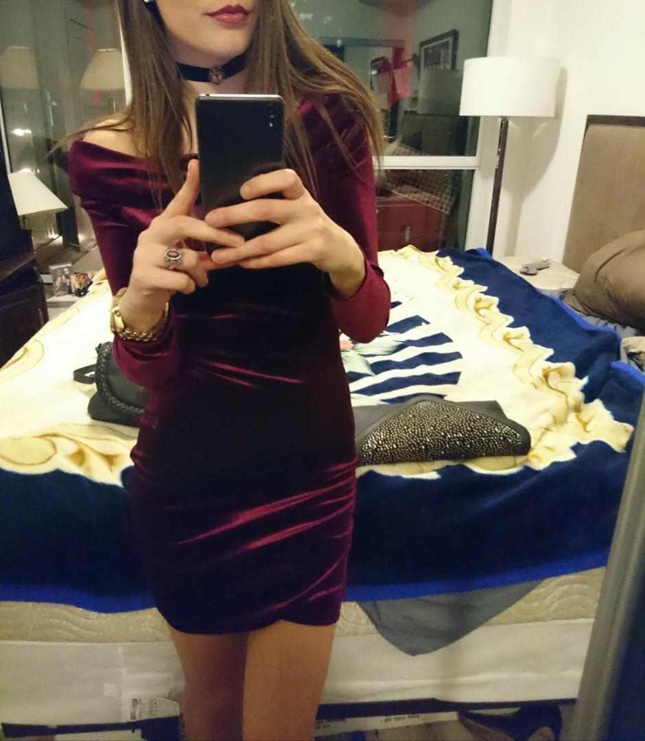 Off shoulder F21 dress, size small