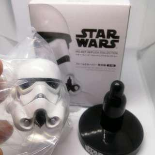 (genuine / special edition) Star Wars Stormtrooper helmet figure