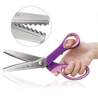 Looking for pinking shears or pinking scissors