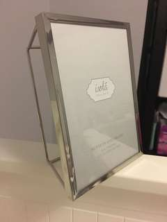 BNWT Geometric Picture Frame