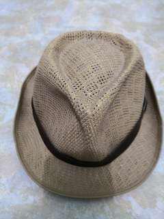 Hat (size M)