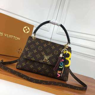 (PO) Louis Vuitton