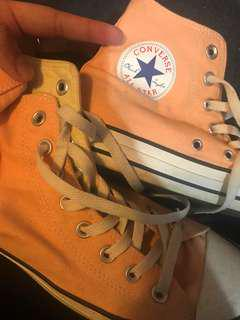 Pastel high cut converse