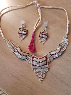 Tradition Indian Necklace + Earrings