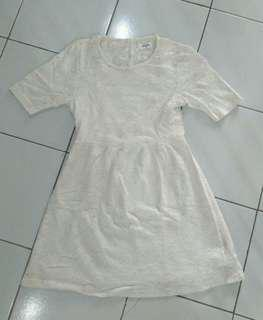 Brukat White dress premium