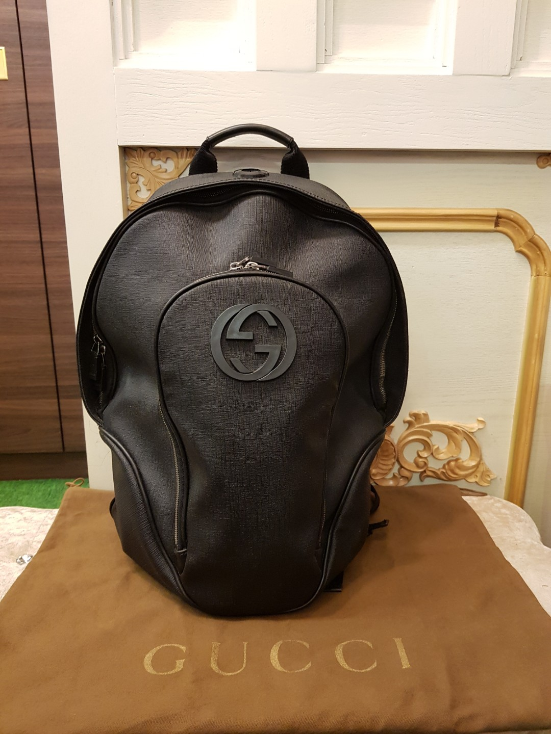 2c5b919a4af 💖100% authentic Gucci backpack 💖