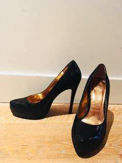 BCBG Platform pumps 37