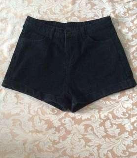 黑色短褲Size:XL