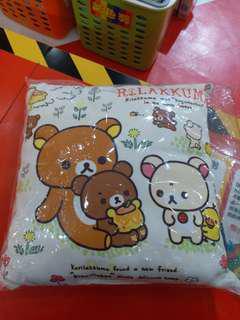 鬆弛熊cushion (Namco彩虹紫色獎)