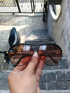Yves Saint Laurent Aviator Sunglasses PLASTIC FRAME France AUTHENTIC Retro 8129 LUXURY