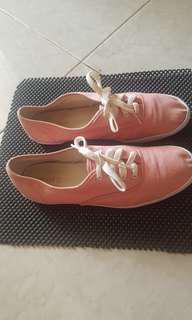 Preloved sepatu casual forever 21