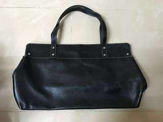 Kate spade black calf leather shoulder bag