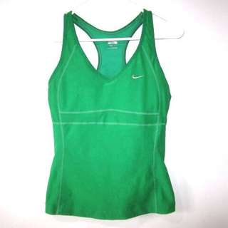 -RESERVED--     (M) Nike padded sports racer back