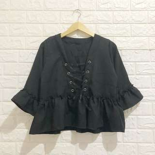 NEGO TIPIS Katie Blouse in Black