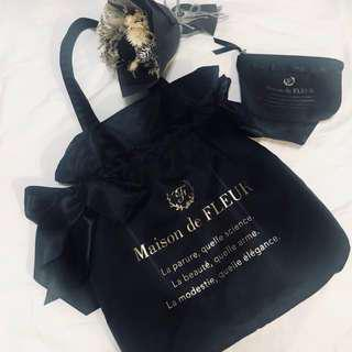 A+B同售共2800元-Maison de FLEUR緞帶包+化妝包