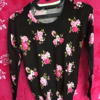 NETT! Sweater Flowery BLACK