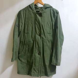 🚚 軍綠長外套
