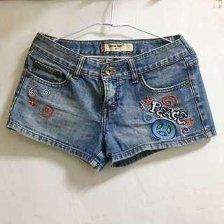 🚚 休閒低腰牛仔短褲
