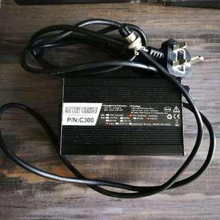 5A Fast Charger 52V Previously Used For Speedway 4