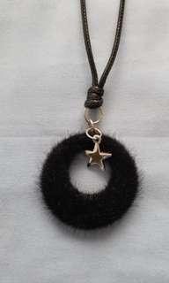 皮繩毛毛圈襯衫長頸鏈 (包郵)