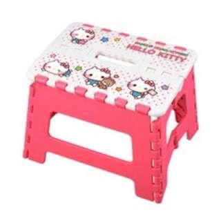 (清屋平賣*包郵)Sanrio Hello Kitty 摺疊椅子 櫈仔