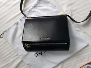 Givenchy box medium