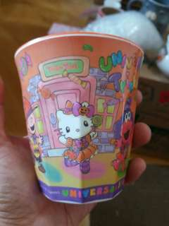 USJ Hello Kitty 杯 snoopy Elmo dear daniel