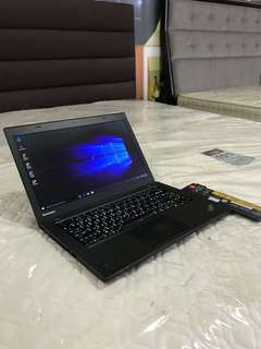 Lenovo thinkpad T440 ultrabook core i5 haswell 4gb ram 500gb hdd dual battery backlight KB