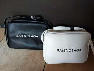 Sling bag (White only)