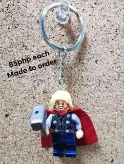 Minifigs keychain THOR