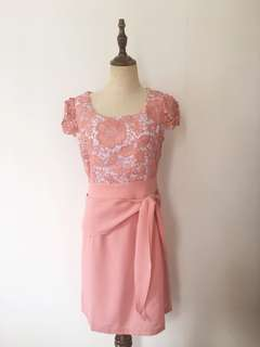 Pink hollow out dress