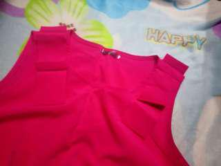 Fuchsia sleeveless blouse