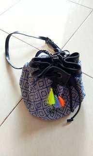 Bucket Bag Etnik Adorable Projects