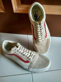 Authentic Red Vans Marshmallow