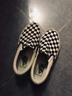 Vans slip on black and white checked classic authentic sneakers trainer size eu 36