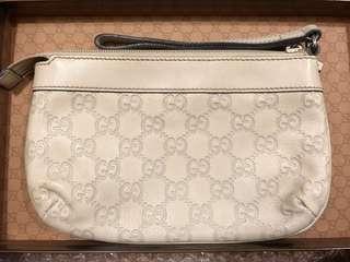 Fast deal $150! Authentic Gucci off white Guccicimma Wristlet
