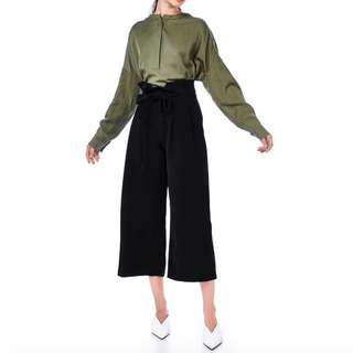 The Editor's Market TEM Nero Pleated Waist Paperbag Pants