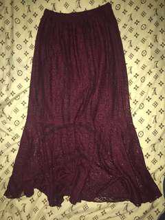 Lacy maroon mermaid-end skirt
