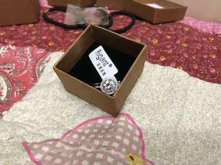 19碼仿鑽石戒指 Size 19 Fake Diamond Ring