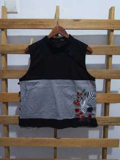 Btwo + Premium embroidery top