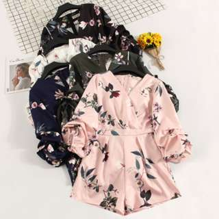 🚚 [PO] FLUFF SLEEVE FLORAL ROMPER