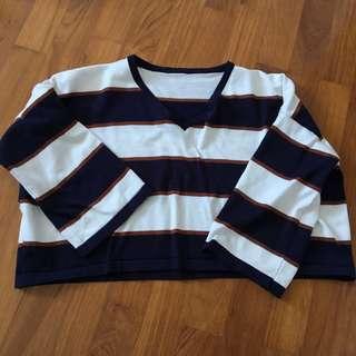 Varsity Vintage V Neck Cropped Striped Pullover