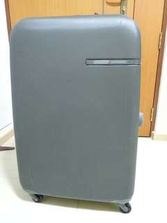 30 inch Luggage very good for shopping lover