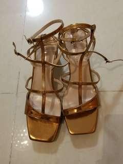 全新金色女神鞋